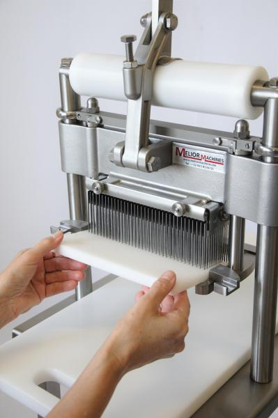 Melior Machines BVBA - Attendrisseur manuel La Bouchère
